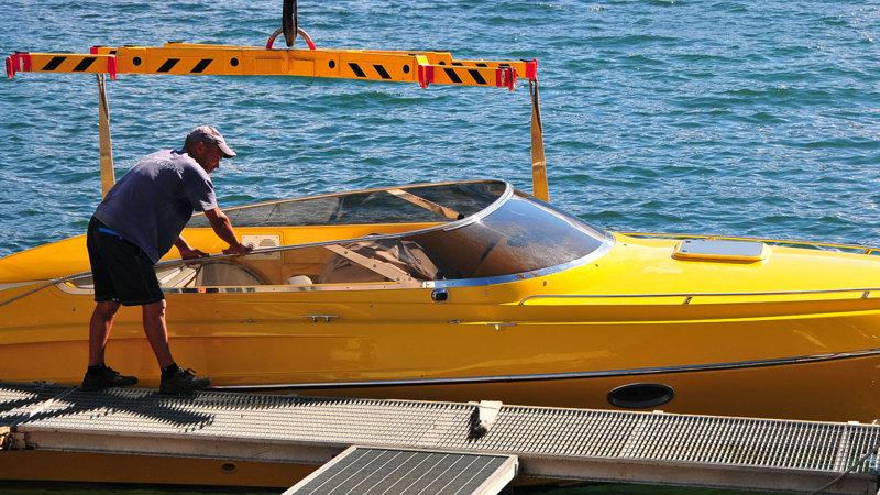 boten kraan dienst Comomeer