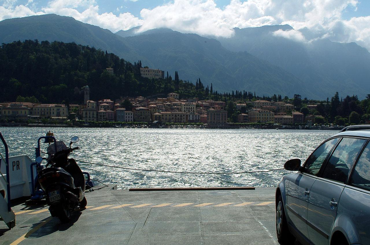 Viaggiare sul lago di Como